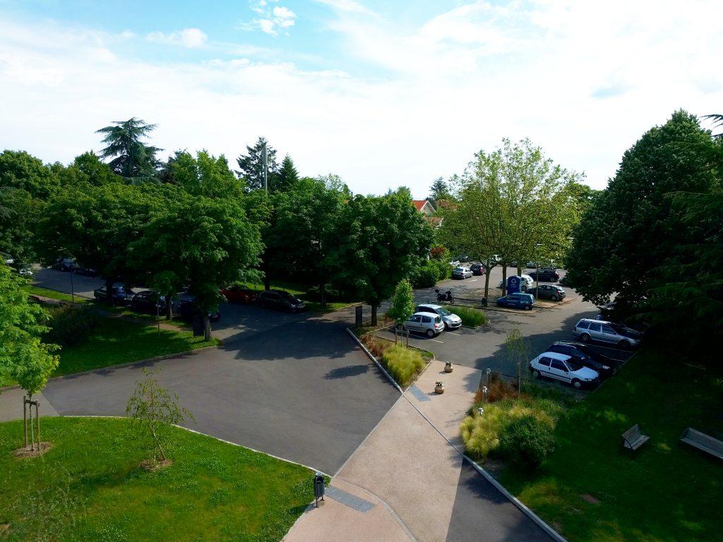 Parking gratuit de l' Hôpital Maternité de Ste Foy lès Lyon