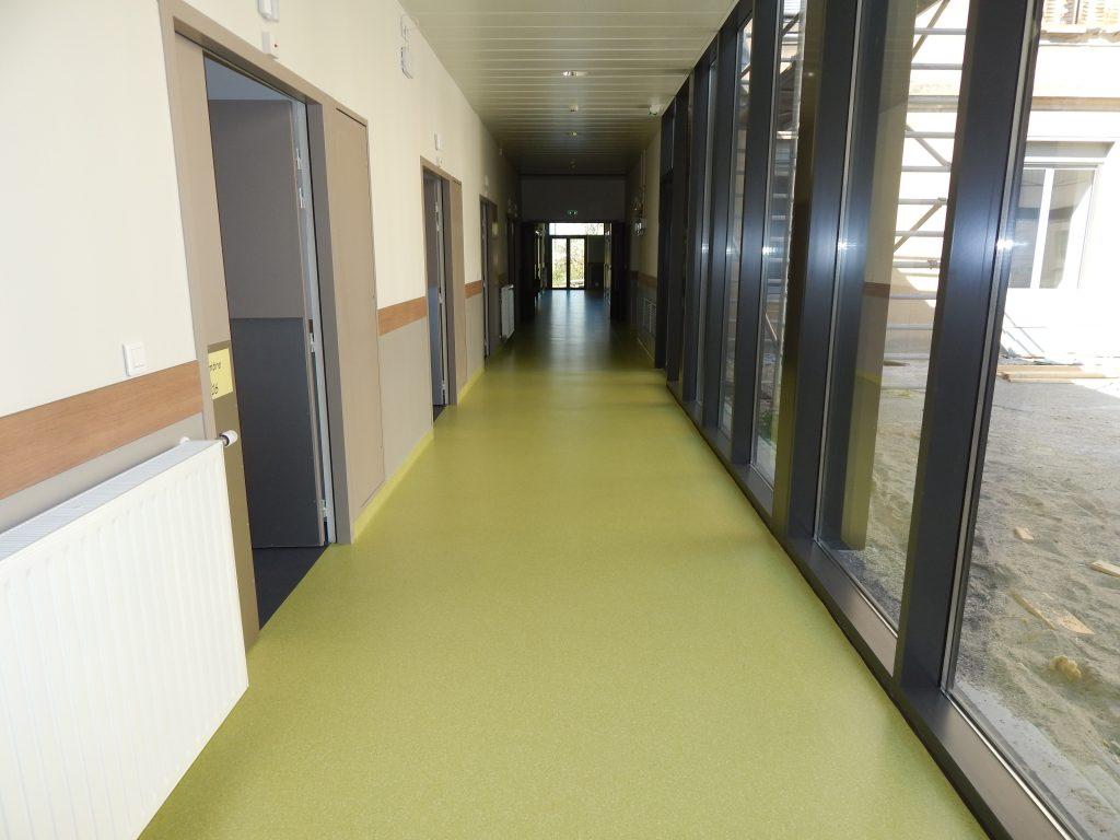 Patio du service de Medecine de l'Hopital Maternité de Ste Foy lès Lyon