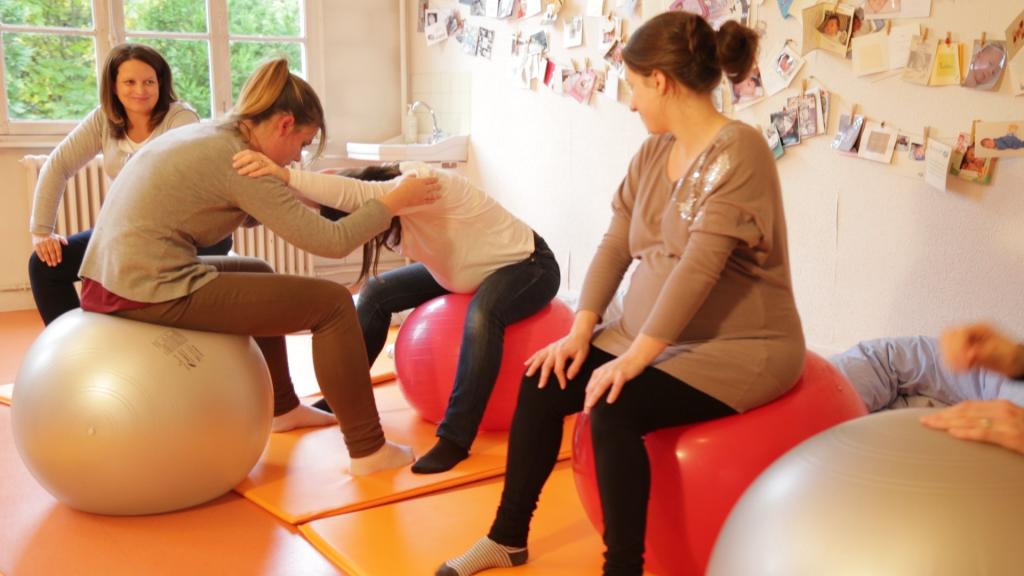 Cours de préparation à l'accouchement à l'hopital maternité de ste foy lès Lyon
