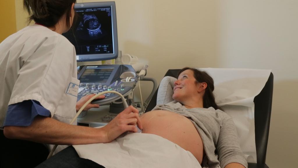 Echographie 3D à l'hopital maternité de ste foy lès Lyon